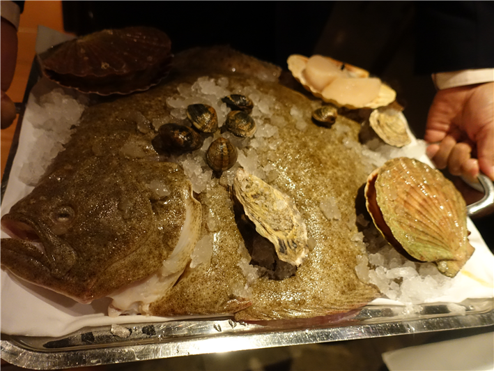seafood displayed